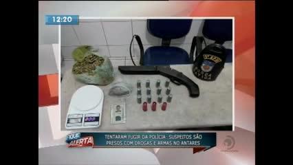 Jovem foi preso suspeito de tráfico e porte ilegal de arma de fogo