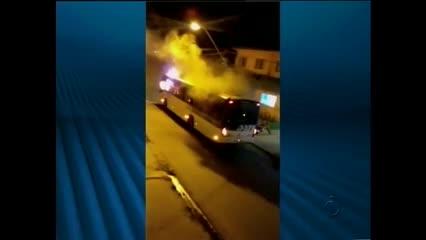 Os reflexos do ataque a ônibus no bairro do Clima Bom