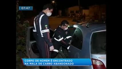 O corpo de um homem foi encontrado dentro de um carro na cidade de Rio Largo