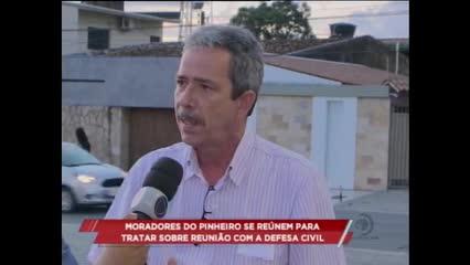 Moradores do Pinheiro se reúnem para tratar sobre encontro com a Defesa Civil