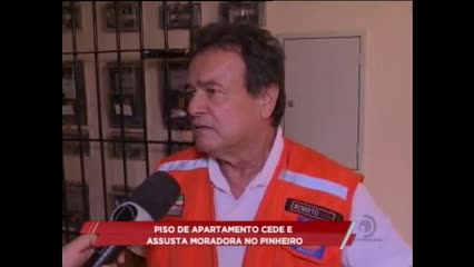 Há quase um ano os moradores do Pinheiro estão sem saber as causas das rachaduras nos imóveis