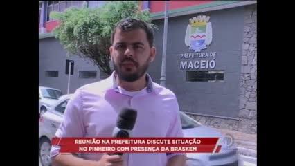 Reunião na prefeitura discute situação no Pinheiro com presença da Braskem