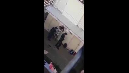 Guarda municipal agride morador de rua rendido em casa de passagem