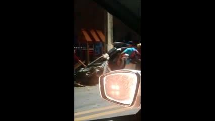 Grave acidente na Avenida Leste Oeste deixa seis feridos
