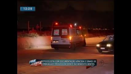 Acidente entre motos deixou duas pessoas feridas no Benedito Bentes
