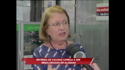 Entrega de vacinas começa a ser regularizada em Alagoas