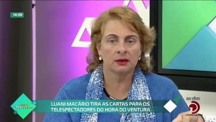 Luani Macário tira as cartas para os telespectadores do Hora do Ventura - Bloco 02