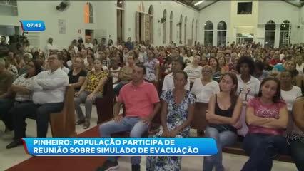 Moradores do Pinheiro participaram de reunião sobre o simulado de evacuação no bairro