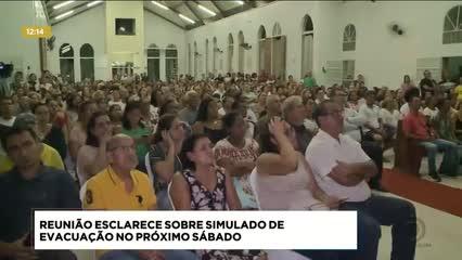 Moradores  participaram de reunião sobre o simulado de evacuação no Pinheiro