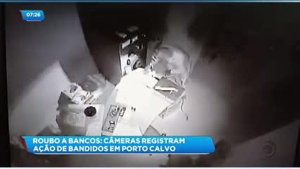 Câmeras registram ação de bandidos em agência bancária de Porto Calvo