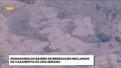 Moradores de Bebedouro reclamam de vazamento de água