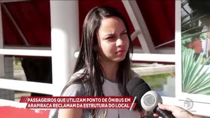 Passageiros que utilizam ponto de ônibus em Arapiraca reclamam da estrutura do local