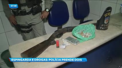 Um maior foi preso e um menor apreendido com drogas e uma espingarda calibre 12