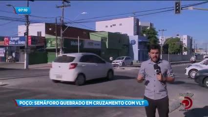 Semáforo apagado em cruzamento no bairro do Poço