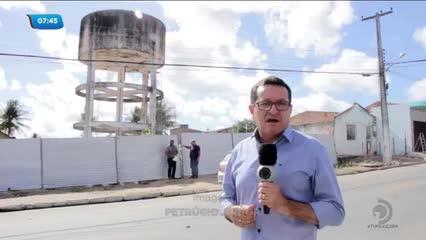Casal iniciou trabalho de demolição de caixa d'água em Girau do Ponciano