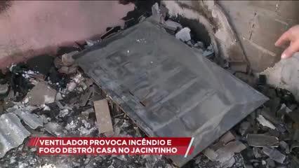 Ventilador provoca incêndio e fogo destrói casa no Jacintinho