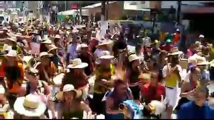 Bloco Rock Maracatu leva som alternativo à folia de Carnaval
