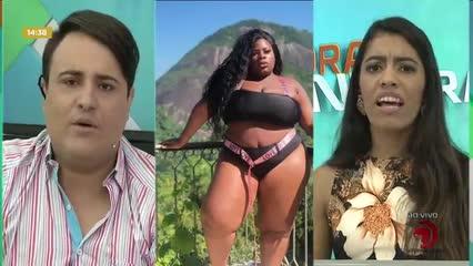 Jojo Todynho impressiona com fotos de topless - Bloco 02