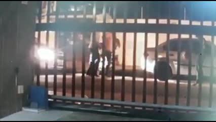 Bandidos rendem casal e roubam moto na Ponta Verde
