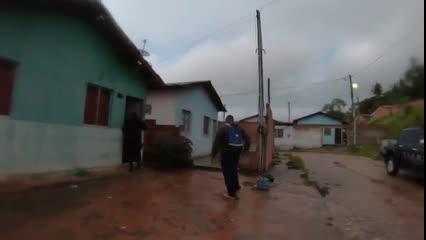 Polícia prende dois e apreende drogas em Santa Luzia do Norte
