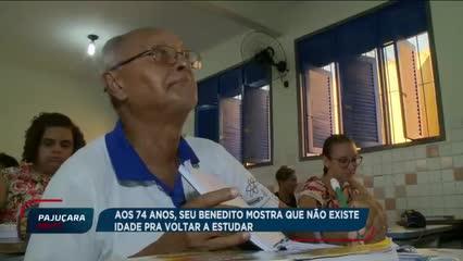 Aos 74 anos, seu Benedito mostra que não há idade para voltar a estudar