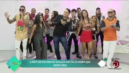 antor Kevinho Souza agita o Hora do Ventura  - Bloco 02