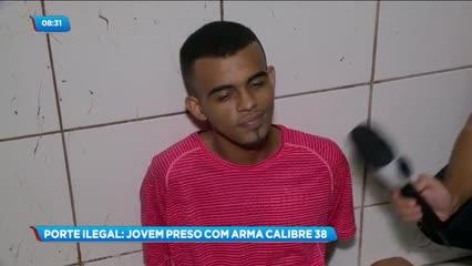 Jovem foi preso por porte ilegal de arma de fogo no São Jorge