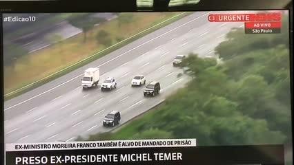Comboio da Polícia Federal leva Michel Temer, preso, a aeroporto de Guarulhos
