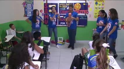 'SAMU nas Escolas' leva orientações sobre os prejuízos dos trotes