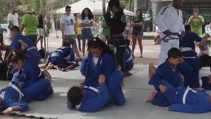 Kung Fu e Jiu-jitsu marcaram presença no aniversário de 13 anos do Esporte Campeão