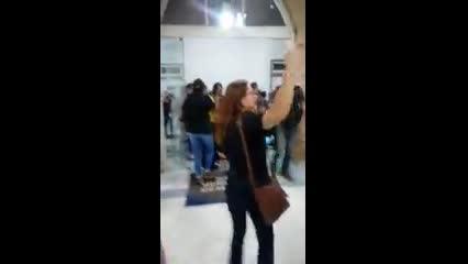 Manifestantes invadem Câmara Municipal de Maceió