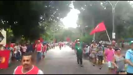 Abril Vermelho: trabalhadores rurais fazem caminhada da Ufal ao centro de Maceió