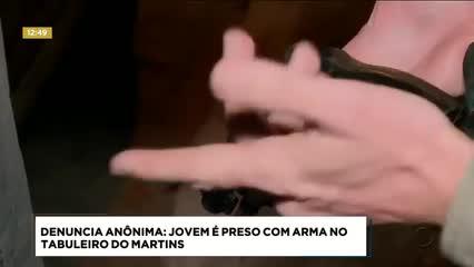 Jovem foi preso com revólver calibre 38 no Tabuleiro do Martins