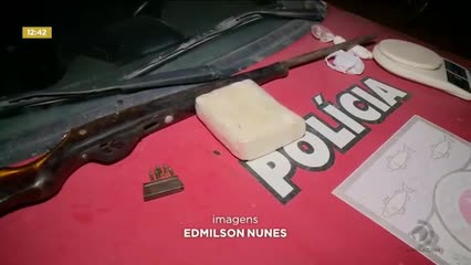 Jovem foi preso suspeito de tráfico de drogas