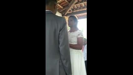 Vídeo mostra parte de cerimônia de casamento de Jonatas e Adelaide