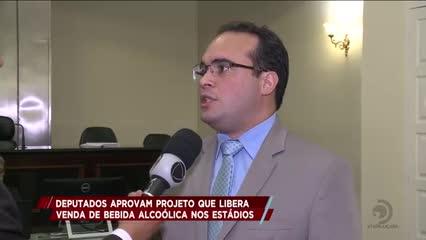 Deputados aprovam projeto que libera venda de bebida alcoólica nos estádios