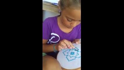 Crianças aprendem bordado em novo projeto do Museu no Balanço das Águas