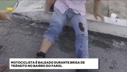 Motociclista foi baleado durante briga de trânsito no Farol