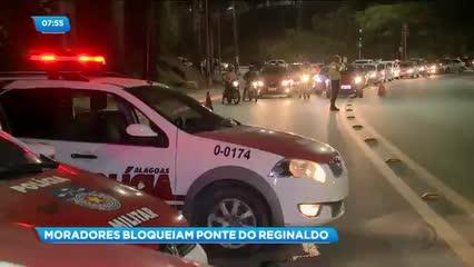 Protesto interdita trânsito na ponte sobre o Vale do Reginaldo