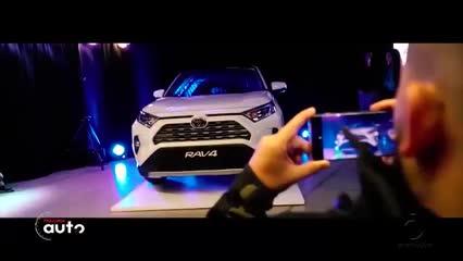 Toyota apresenta nova geração da RAV4