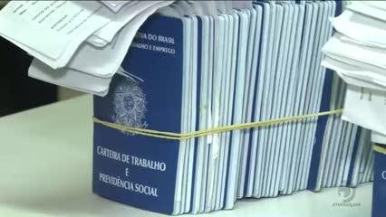 Documentos esquecidos acumulam no Sine e no Instituto de Identificação