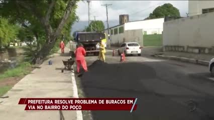 Prefeitura resolve problema de buracos em via do Poço
