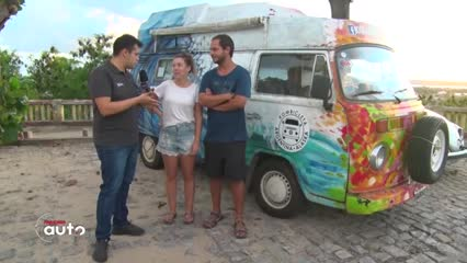Casal argentino cruza América do Sul de kombi
