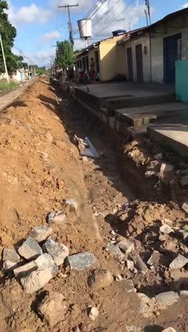 Moradores reclamam de paralisação de obras na Mata do Rolo