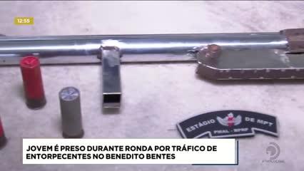 Jovem foi preso durante ronda por tráfico de entorpecentes no Benedito Bentes