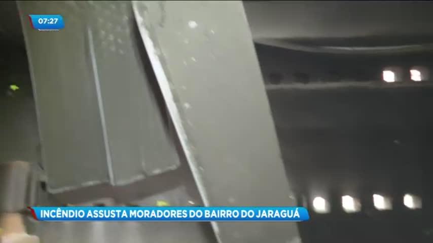 Princípio de incêndio atingiu um centro automotivo no bairro do Jaraguá