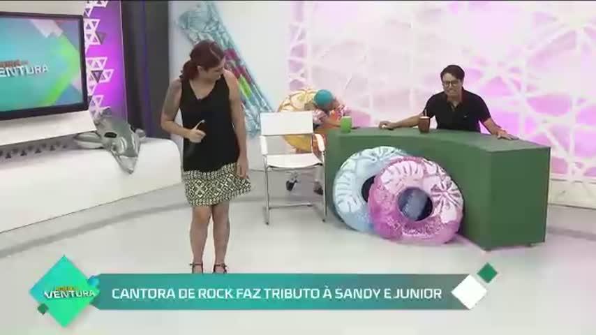 Cantora de rock faz tributo à Sandy e Junior - Bloco 02